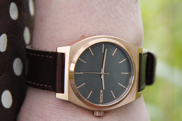 nixon time teller leather gunmetal