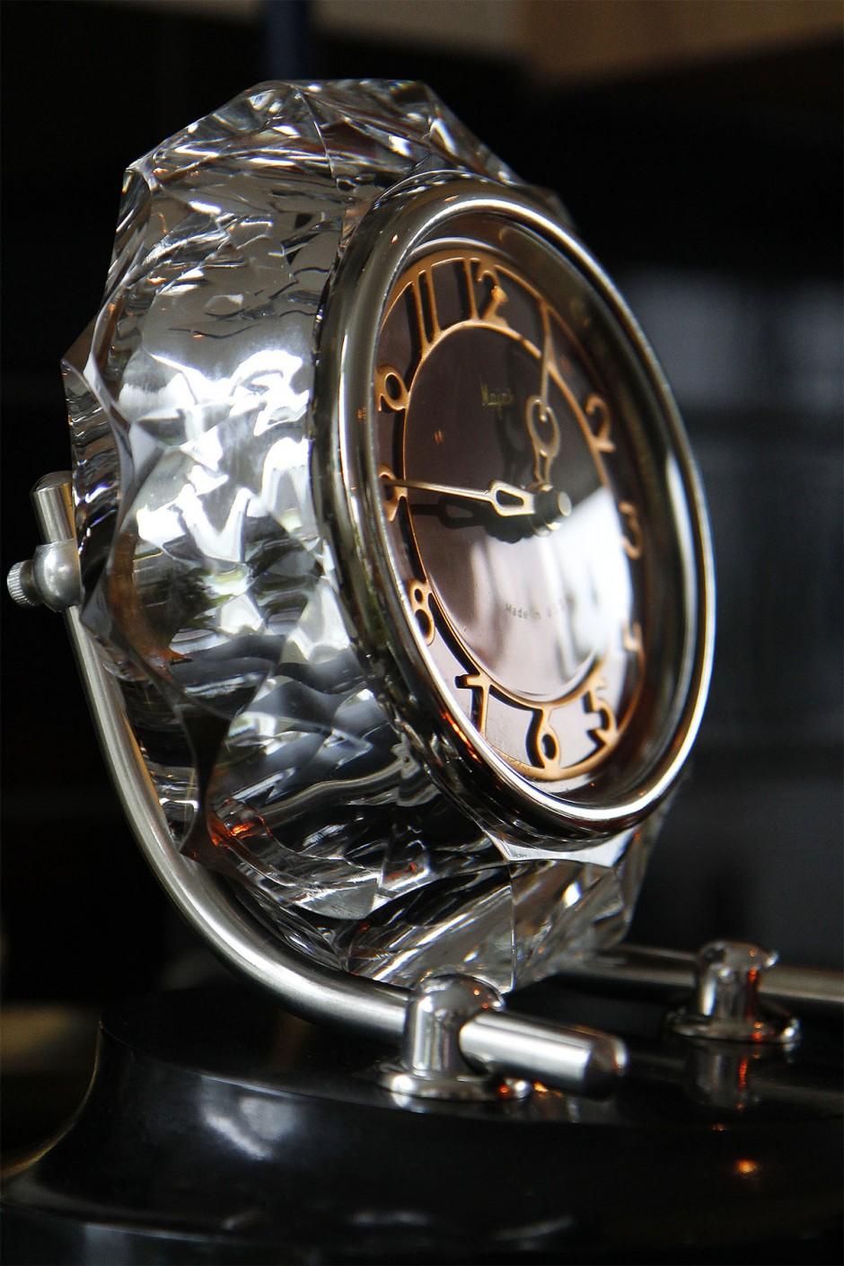 majak-clock
