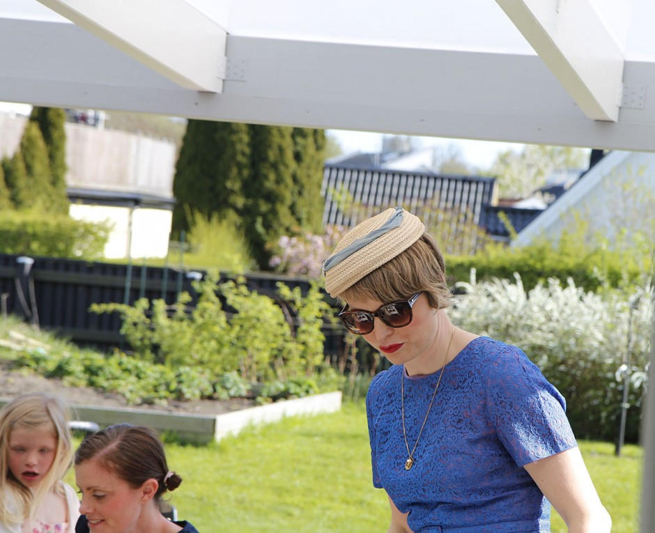 jenny med hatt