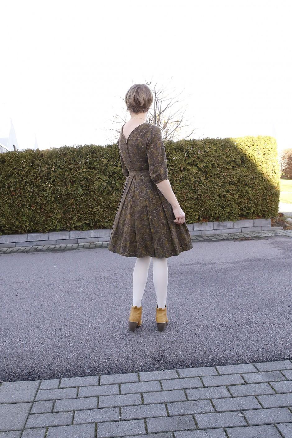 vintageklänning rygg
