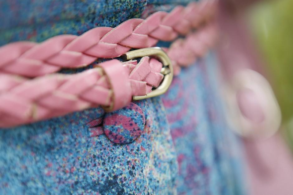 rosa bälte