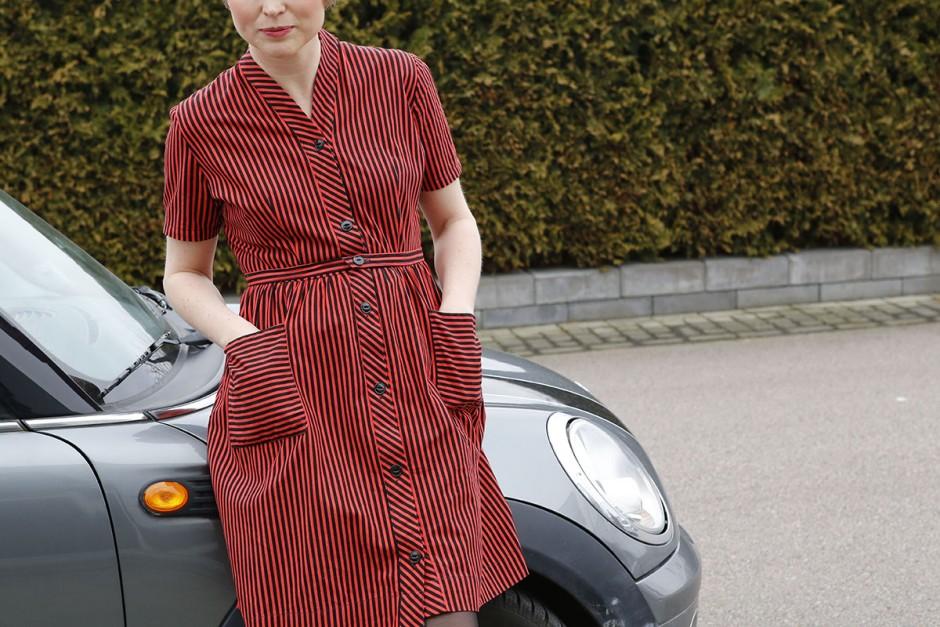 randig vintageklänning